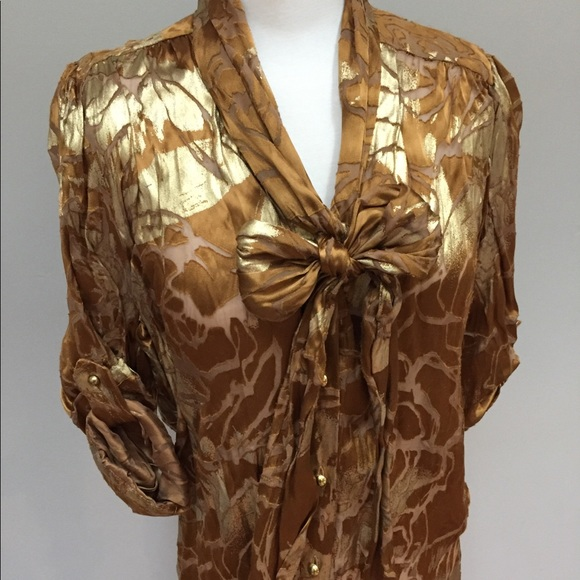 ff287a3e541928 Alice + Olivia Tops - Gold Alice and Olivia Pussy Bow Blouse Button Down